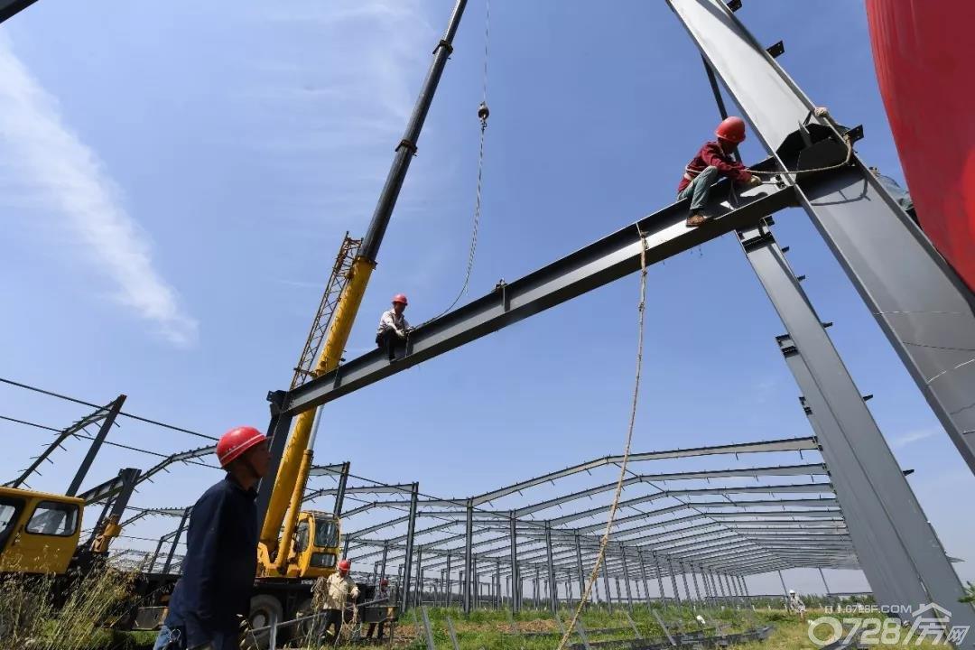 华中产业新城:重资产项目建设忙